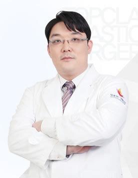 韩国顶级整形外科金行准