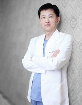 韩国枓翰整形外科申枓翰