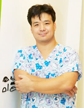 韩国VIZ整形外科李益准