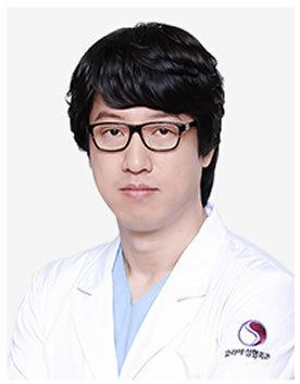 韩国珂蕊尔整形医院崔元馹