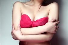 自体脂肪和假体隆胸到底怎么选,哪种更适合自己?