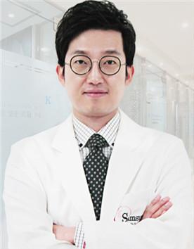 韩国江南三星整形外科-李昇泫