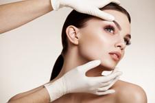 关于面部自体脂肪移植的常见问题