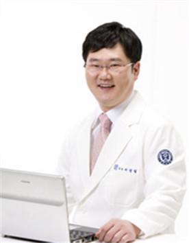 牙周保健/种植体专家医师