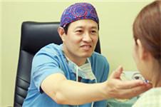 韩国巴诺巴奇李贤择做鼻子怎么样?