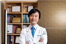 乳房再造整形韩国原辰出色吗?朴原辰亲自手术价格贵吗