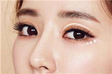 想同时做双眼皮+去眼袋,医生建议有哪些?