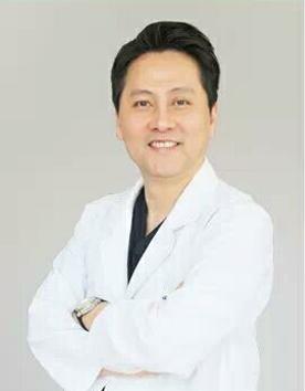 韩国uk整形医院首席院长金正民