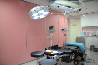 JJ洪镇柱整形外科手术室照片
