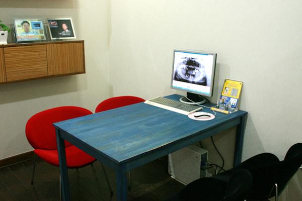 韓國EROM牙科醫院商談室照片