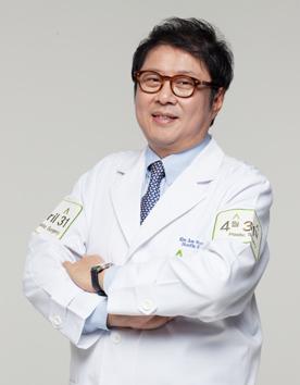 韩国4月31日整形医院-金载勋