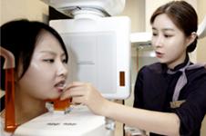 女士下颌角后缩整形怎么做,手术危险吗?