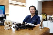 韩国郑东学院长在哪家医院,做隆鼻效果好不好?
