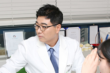 韩国佳轮韩和ID医院谁做轮廓整形更偏自然风格?