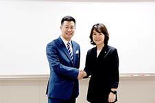 非常爱美CEO郑朝峰受邀在韩国崇实大学经营大学院发表特讲