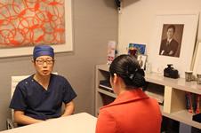 清潭第一医院成镇模做双眼皮修复有哪些特点?