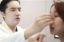 韩国金东奭院长揭秘 丽丝塔医院自体软骨隆鼻自然的秘密