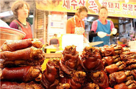 地道的韩国人气小吃都在这里,边吃边逛好满足!