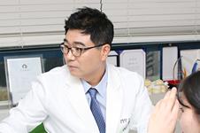 博朗温和佳伦韩医院,谁做轮廓效果更自然?