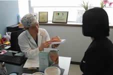 麦恩整形外科隆胸三大优势,帮你塑造自然胸型!