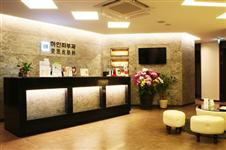 吸脂除去眼袋在韩国id和麦恩医院做有啥差别?