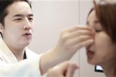 驼峰鼻整形在韩国多少钱能做,丽丝塔和李炳文谁做得好?