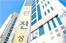 韩国去眼袋专家中纯真崔宰愿和原辰各有什么不同?