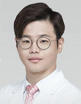 韩国爱我整形外科潘昊敬