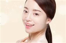眼角括号疤这么形成,听韩国眼角修复医生如何解答怎么办