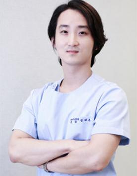 韩国YNT整形外科-林兑根