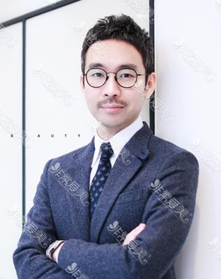 韩国美穗MIHO整形外科院长尹锡浩