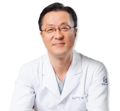 韓國ID醫院樸相薰院長照片