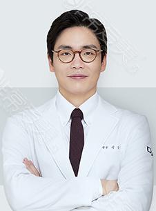 韩国DA整形外科李相雨院长