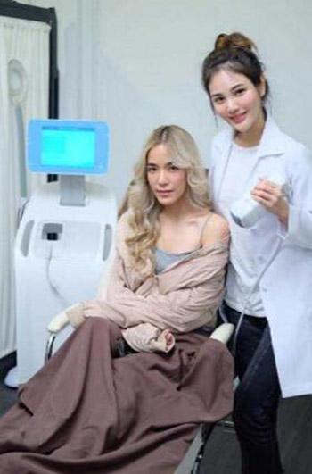 泰国LIVITYCLINIC整形医院医师