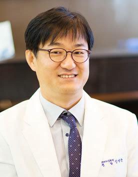 韩国SECRET整形外科安炳俊