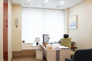 韩国SECRET整形外科医院院长室