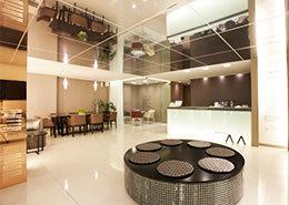 韩国4月31日整形外科医院大厅