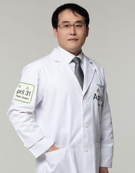 韩国4月31日整形医院-吴原硕