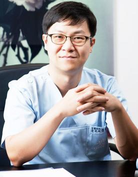 韩国初雪整形外科医院-郑元硕