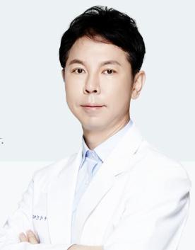 압구정 디엠성형외과의원柳元敏