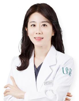 韩国原辰整形外科-石晓贤