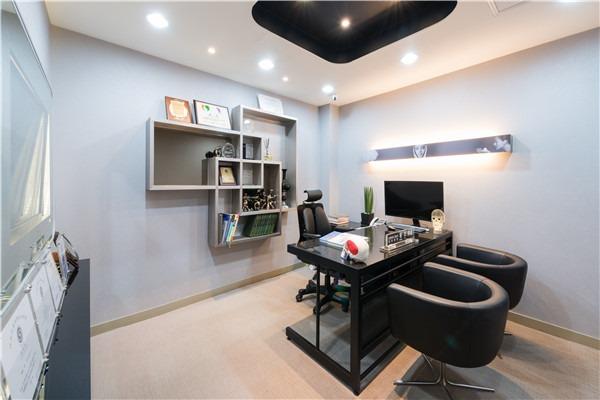 韩国现代美学商谈室照片