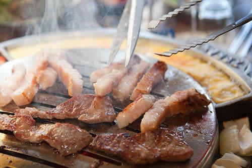 韩国东大门烤肉店