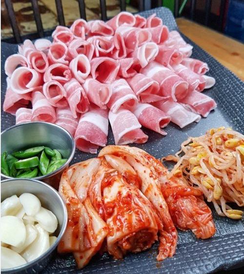 韩国烤五?花肉