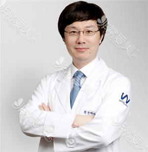 韩国原辰整形外科朴钟哲院长照片