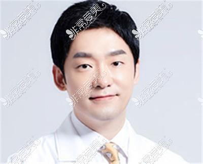 韩国1mm整形外科都彦祿院长