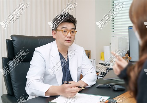 韩国原辰整形外科代表院长康文硕擅长项目是什么