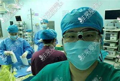 广大整形医院柳超院长照片