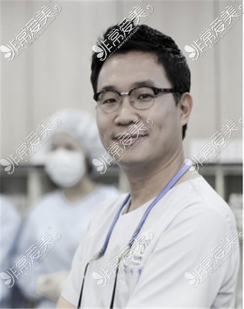 高汉雄医生
