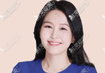 韩国THE整形外科高周荣院长